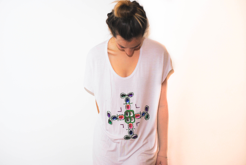 DIY cross t-shirt with Boohoo for #boohooswag