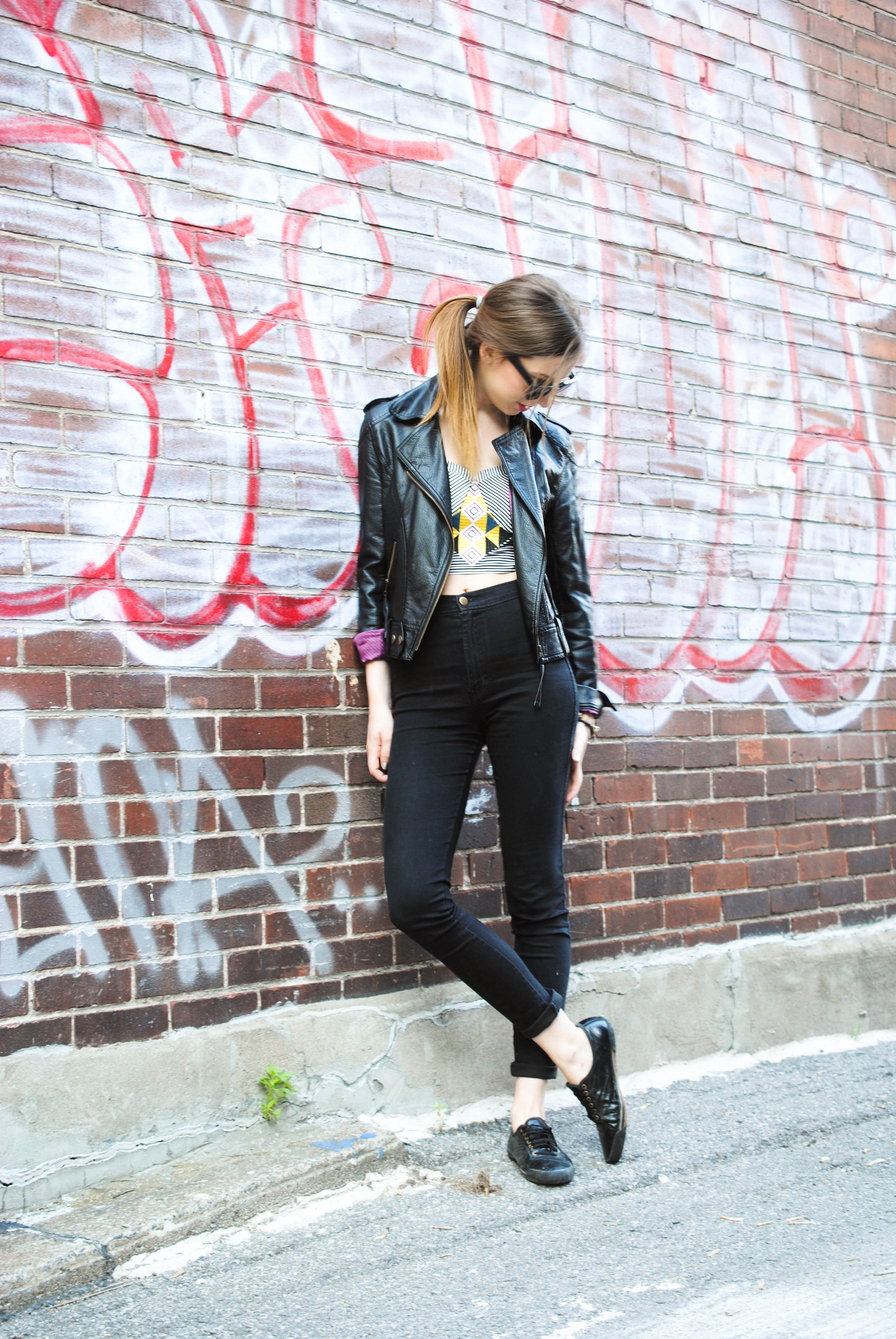 sugarlips crop top, easy jeans and leather jacket