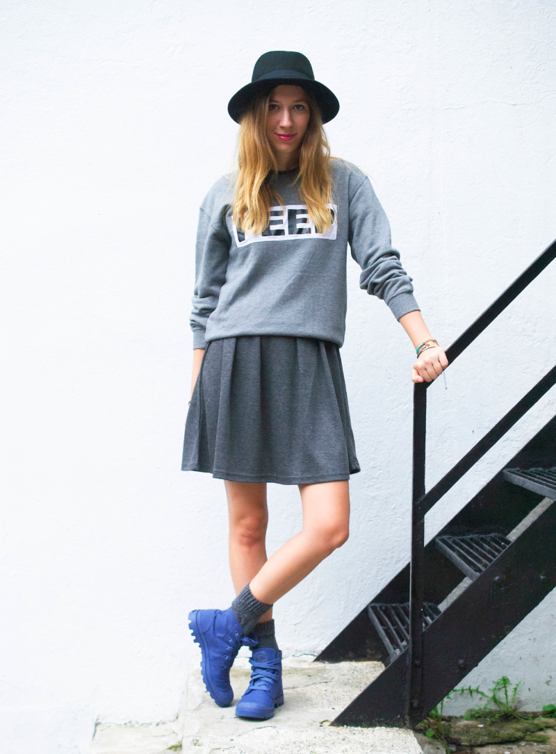 outfit post gray