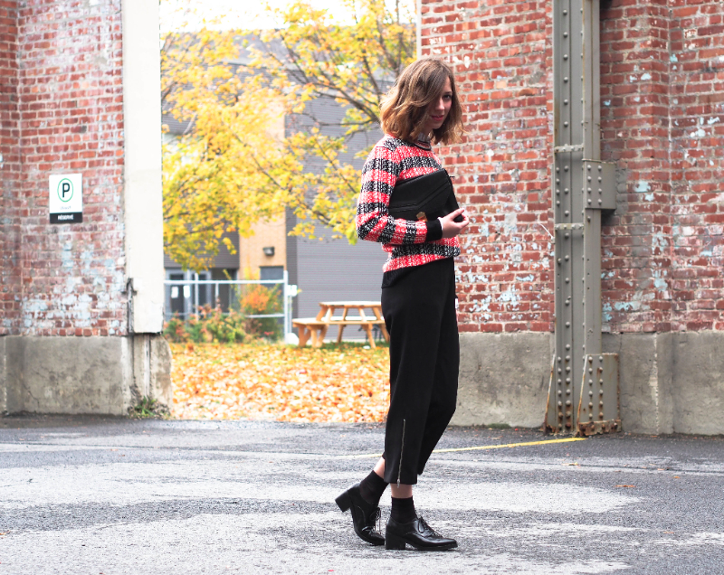 fall outfit post on dentelleetfleurs.com