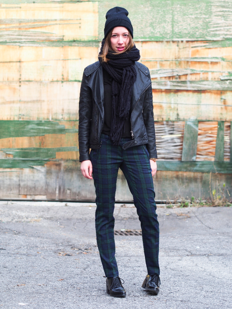 All black and plaid outfit