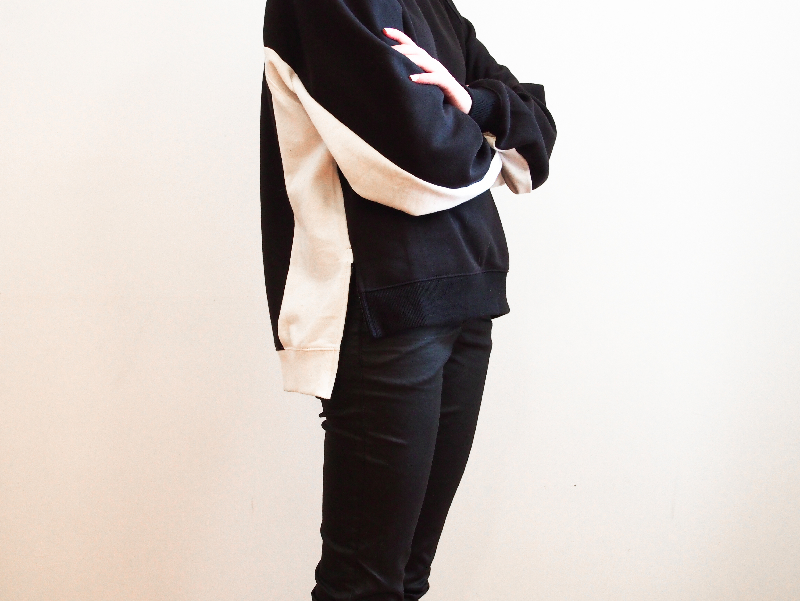 black and white frontrowshop sweater