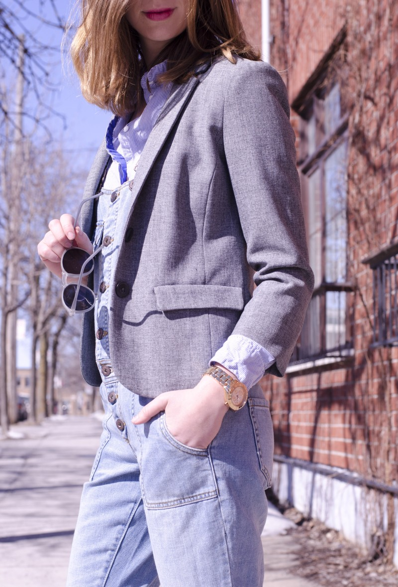 Layering a denim overalls for spring with blazer