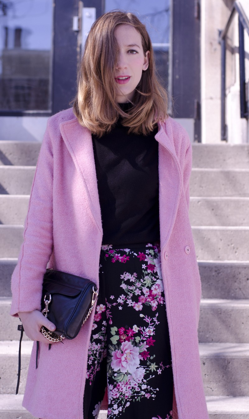 Pink outfit. Oasap Pink coat, turtle neck and forever21 flower pants