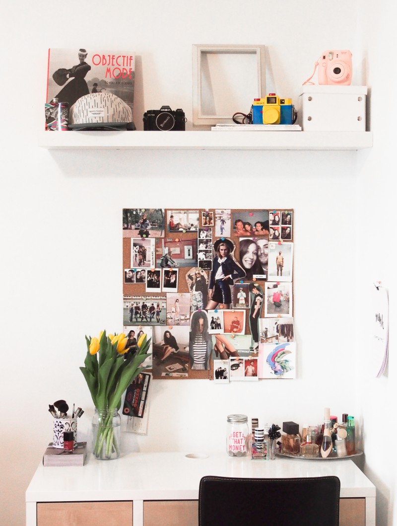 Work place decor inspiration pin board. Blogger home tour