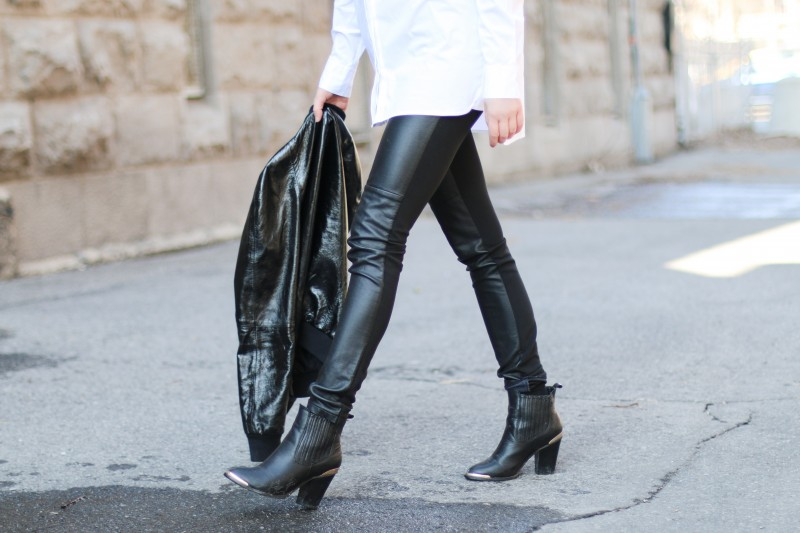 Leather leggings and leather jacket