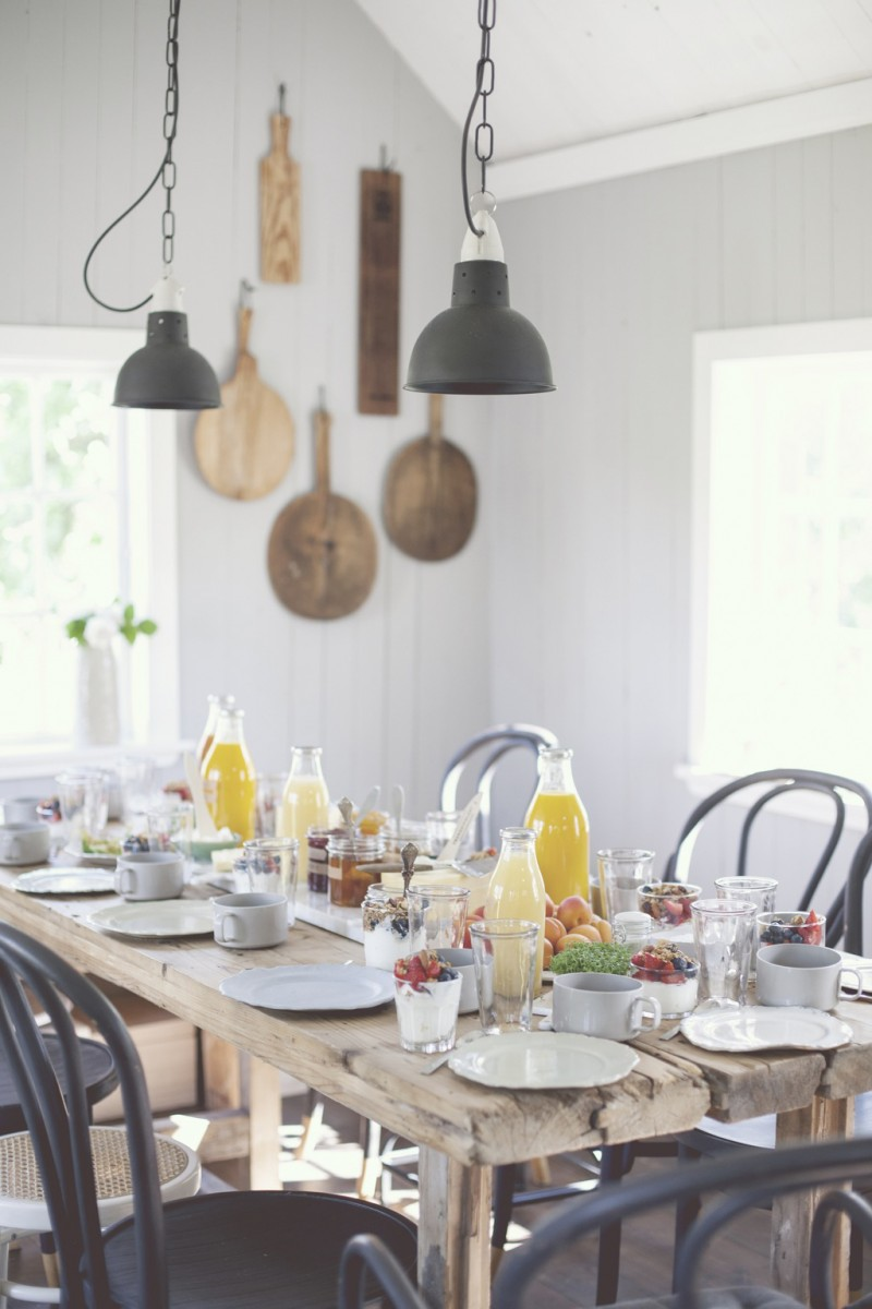 fun way to set a brunch table