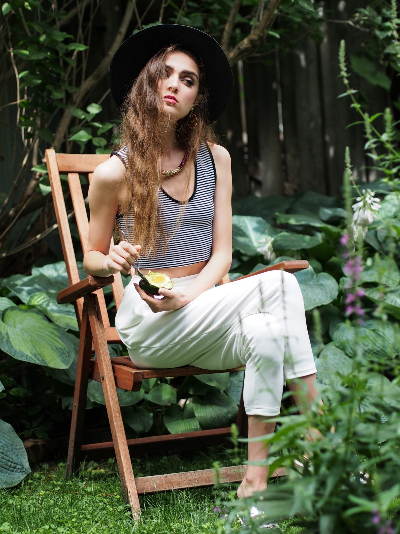 Summer editorial shot by Dentelle+Fleurs feat. Eve Bastien
