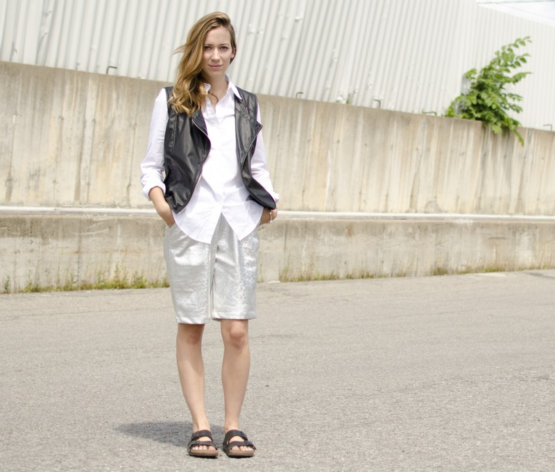 Long frontrowshop metallic shorts with birkenstocks