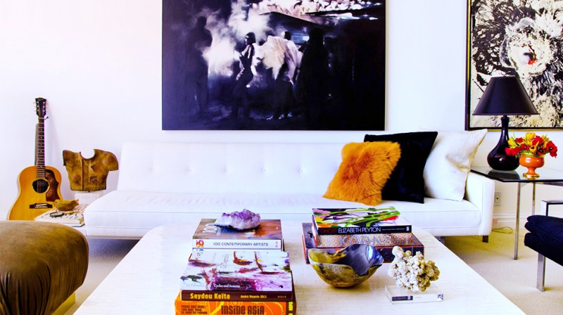 Ways to decorate your coffee table