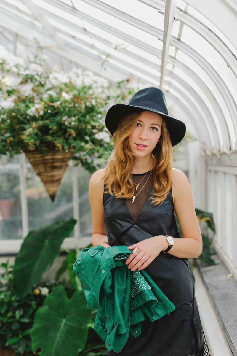 dentelleetfleurs.com outfit in Westmount greenhouse