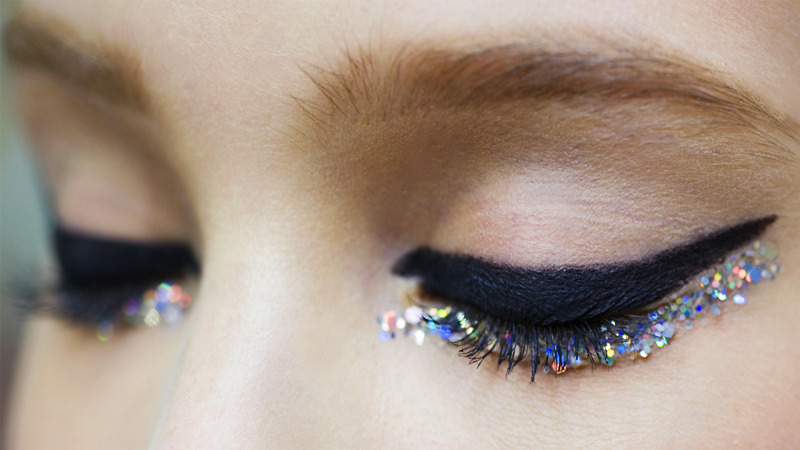 runway inspiration chanel makeup glitter cat eye christmas
