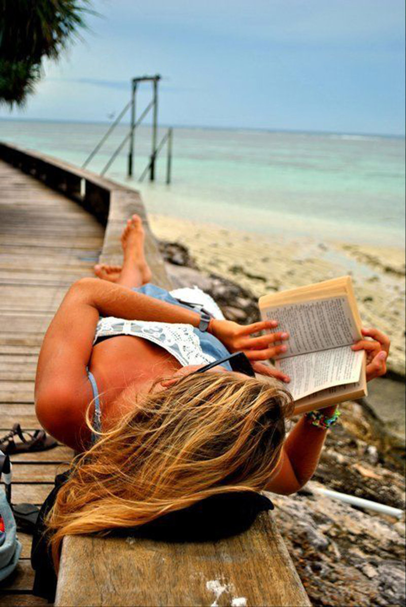 Book, beach and vacations