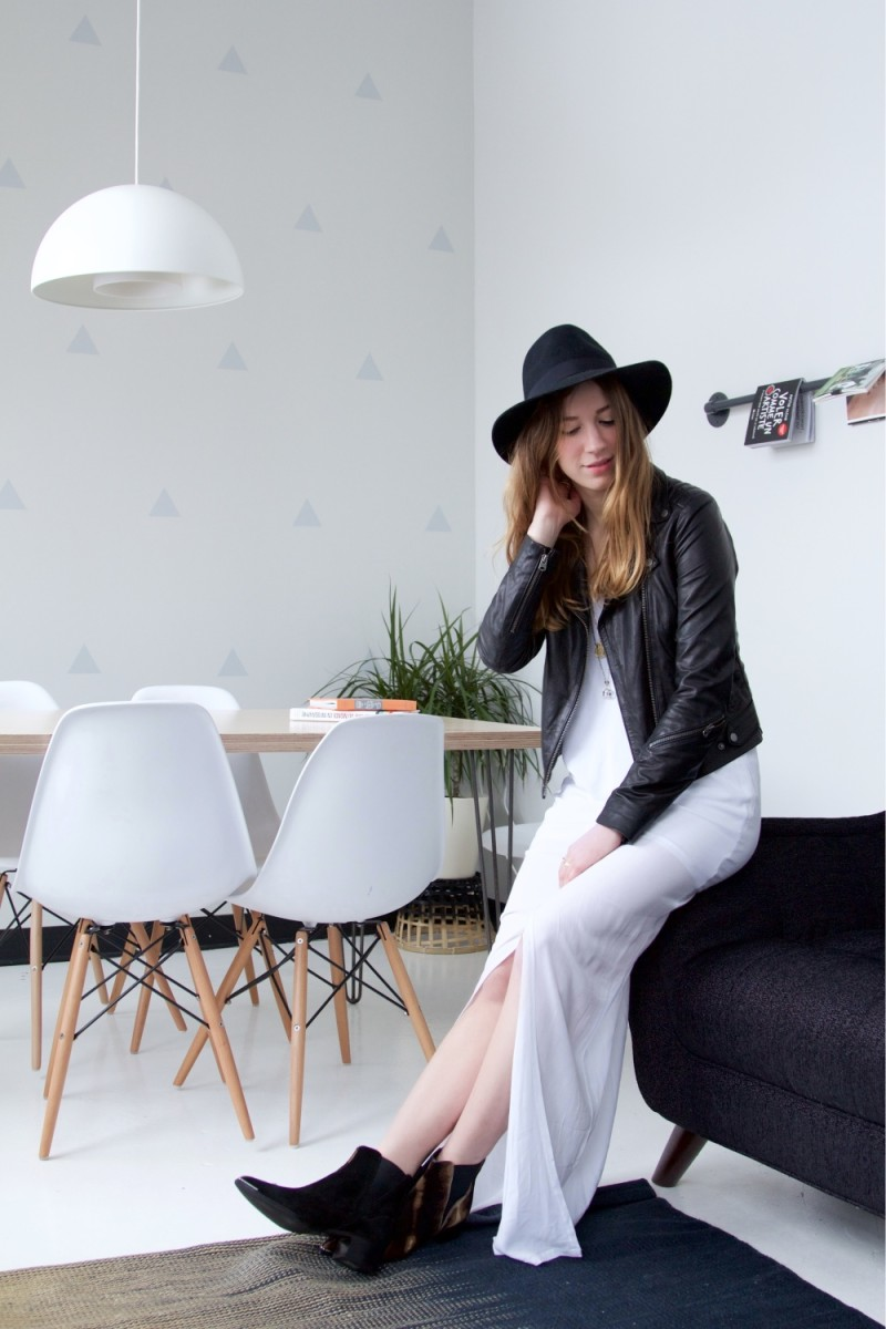 Long bellaluxx dress wih Aritzia leather jacket by montreal fashion blogger Gabrielle Lacasse