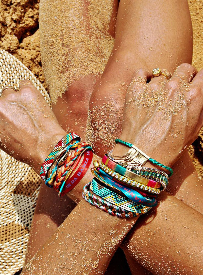 Add some details on your outfit with beautiful bracelets
