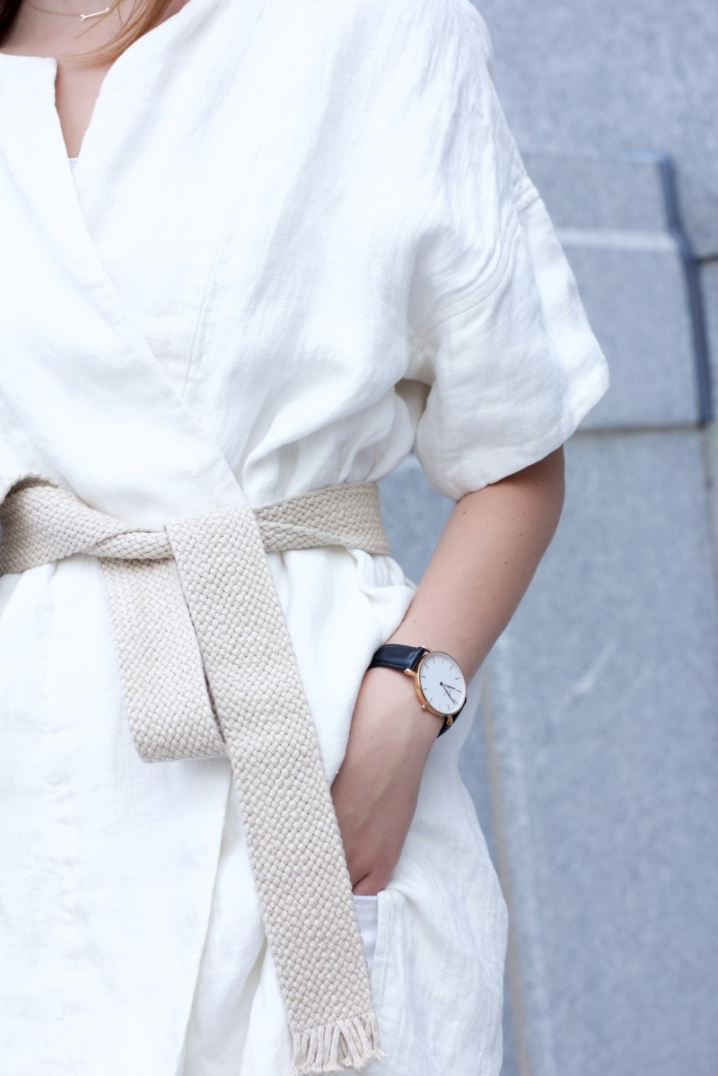 white linen kimono with daniel wellington watcg