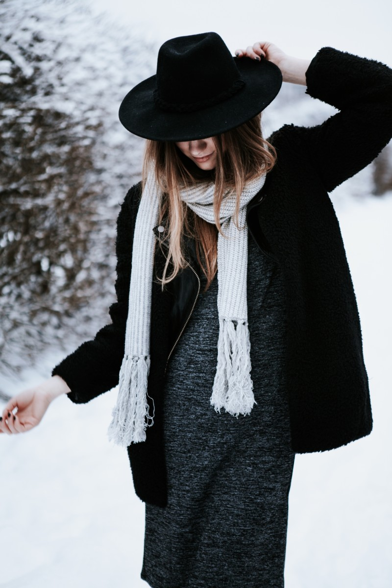 gabrielle lacasse canadian fashion blogger winter outfit