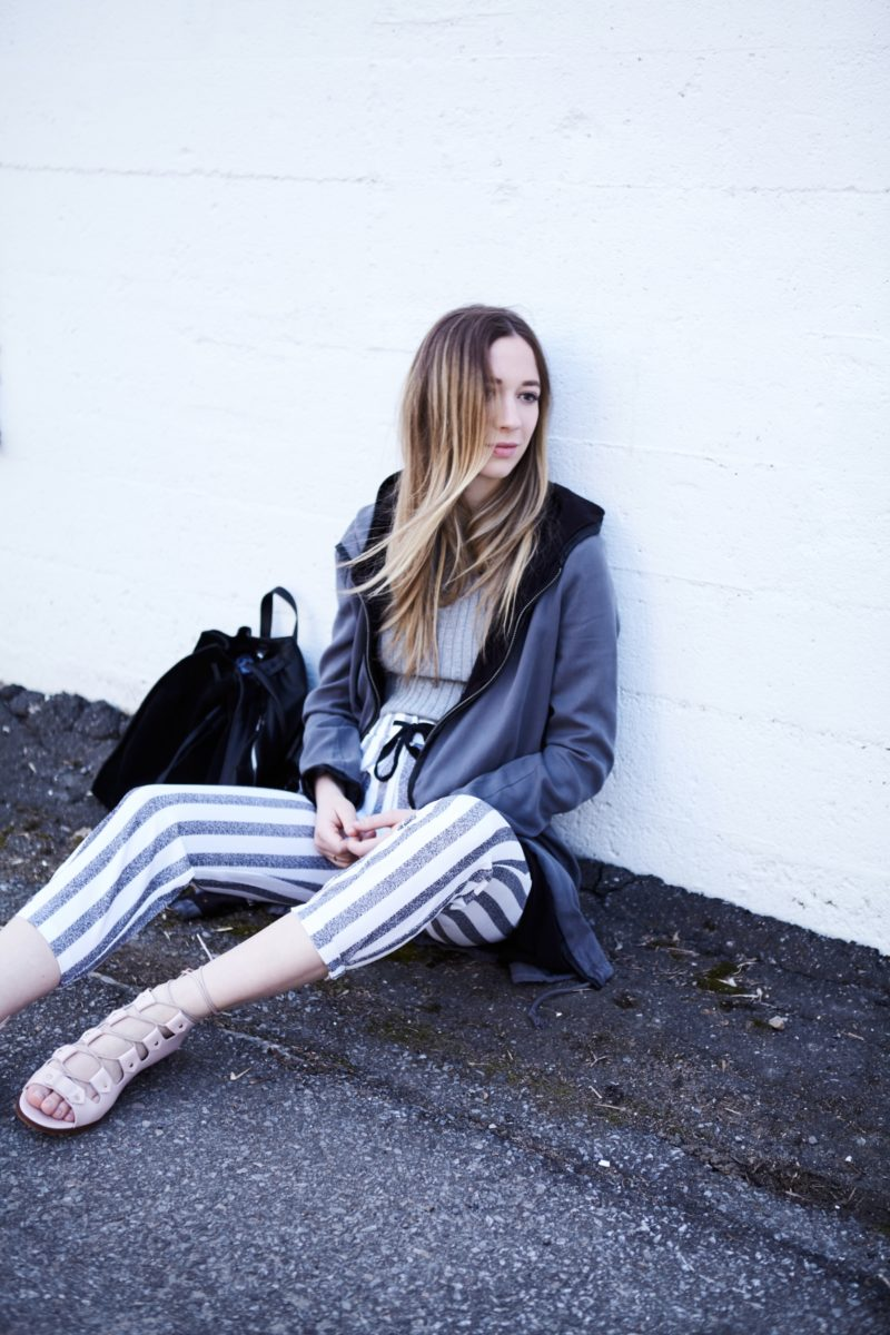 summer streetstyle fashion blogger stripped pants