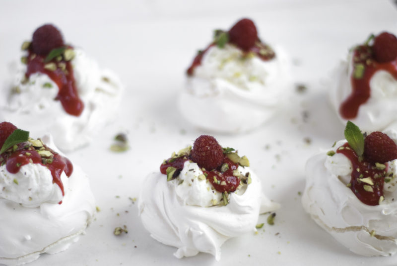 recipe-meringue-dessert-raspberry