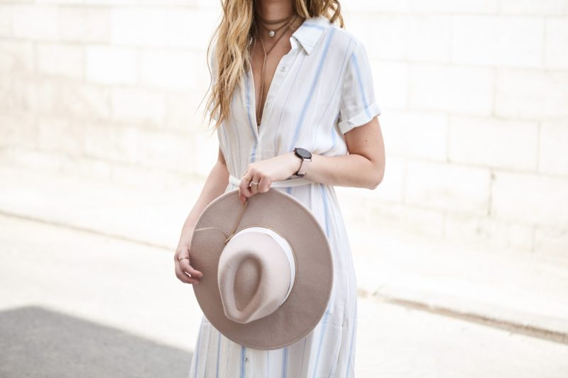 Beige hat and shirt dress with beige choker