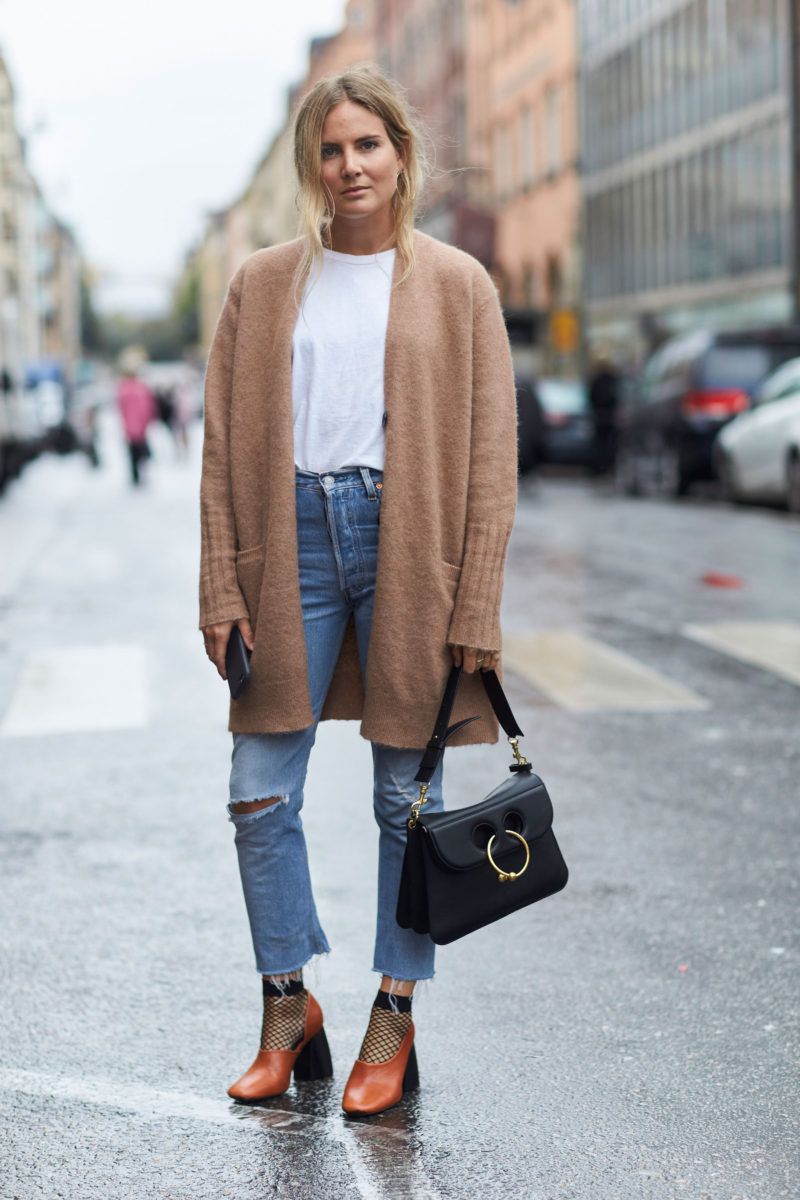 basic_outfit_with_accessories
