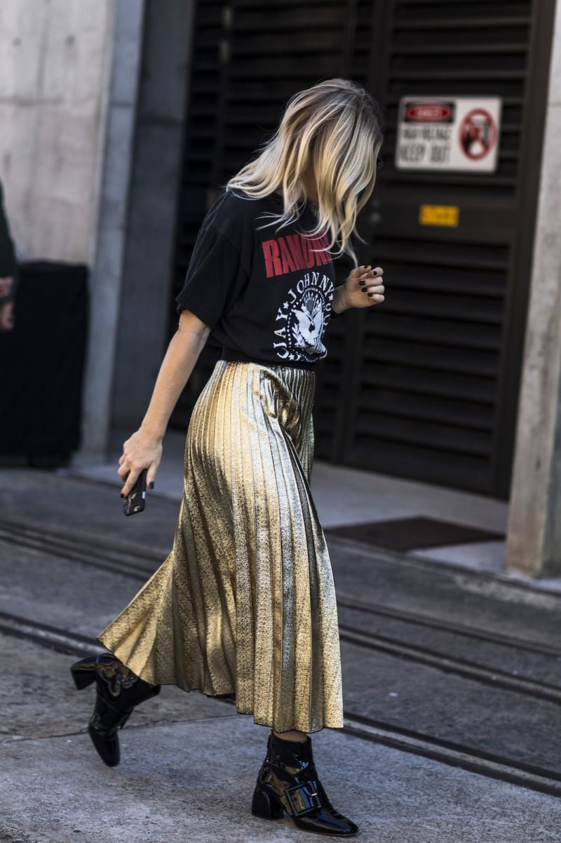 gold_metallic_skirt_tshirt