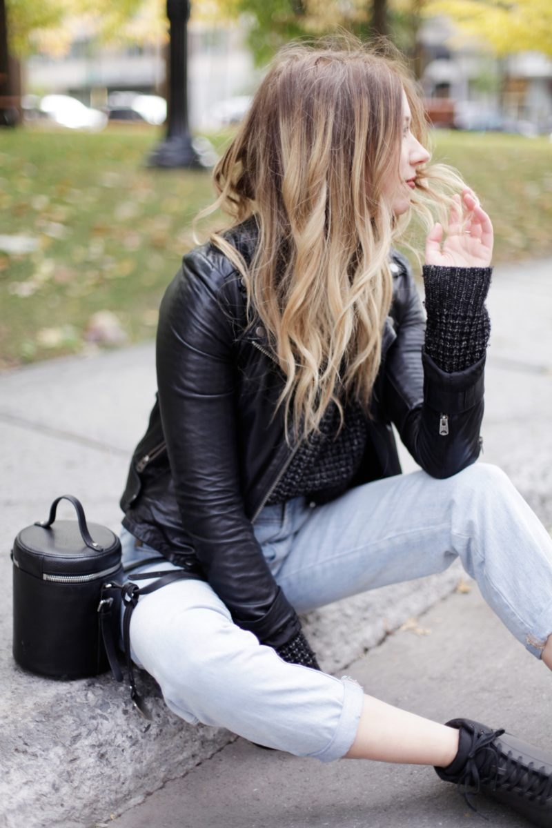 fall-layering-big-knit-leather-jacket