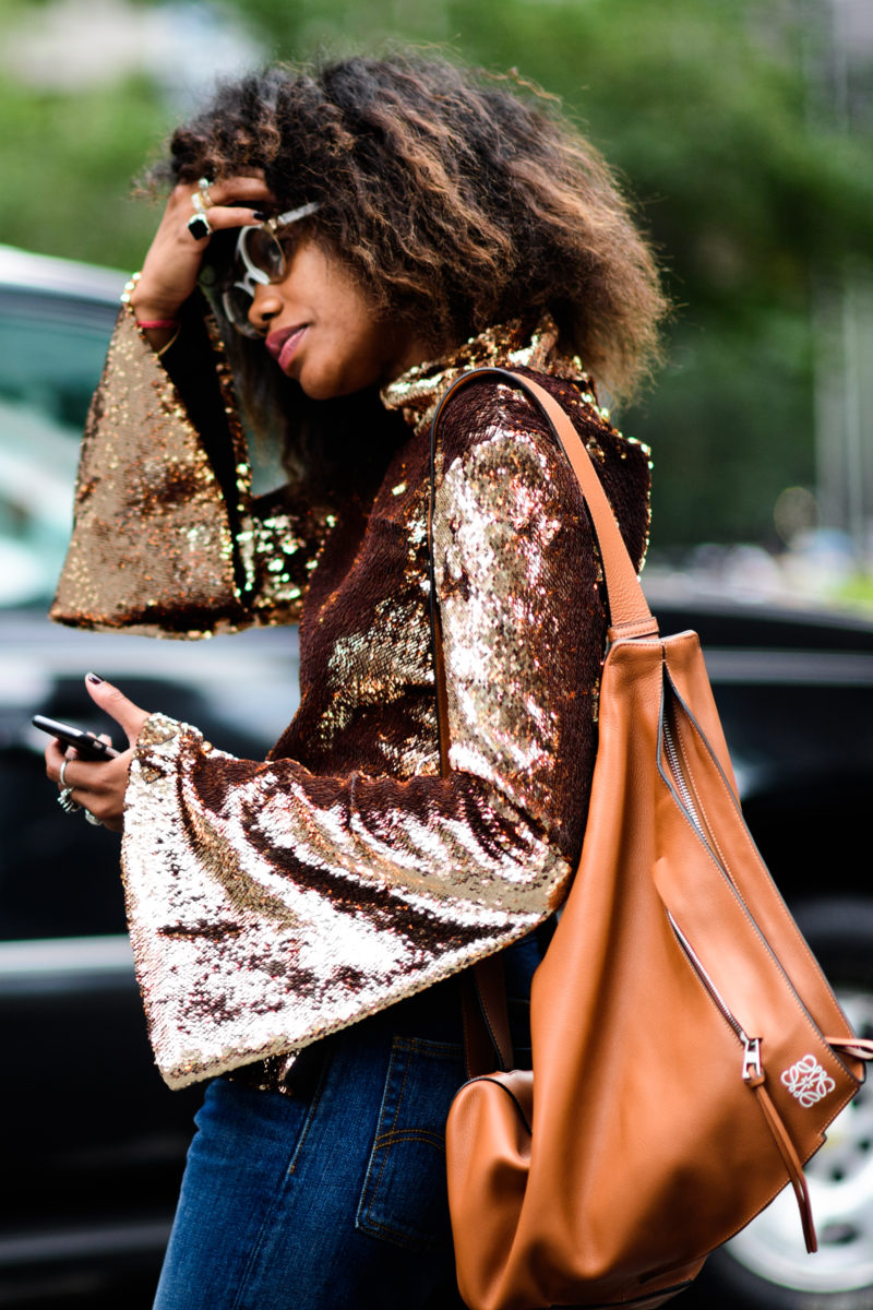 sequin_top_oversized_sleeve