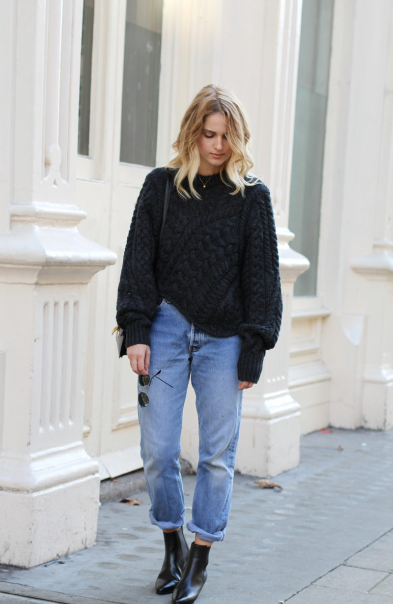 mom_jeans_and_oversized_sweater,800x1229 mom_jeans_and_oversized_sweater